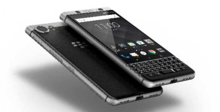 BlackBerry KEYone debutta anche in Italia