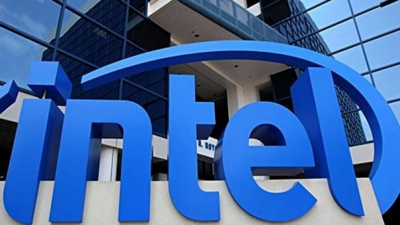 Intel, una falla nel firmware delle Cpu consente agli hacker di compromettere il computer