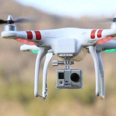 Utilizzo Droni, cambia tutto. Diventano uguali i requisiti per operazioni commerciali e per hobby
