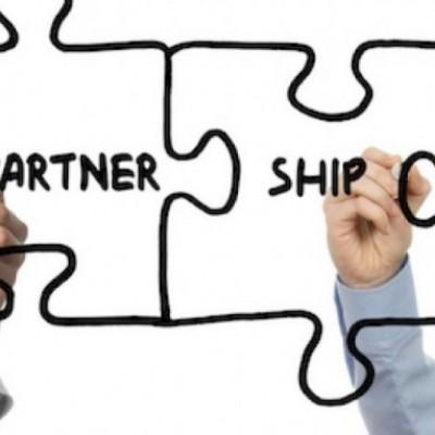 Display, Ricoh e LG siglano una partnership a livello europeo