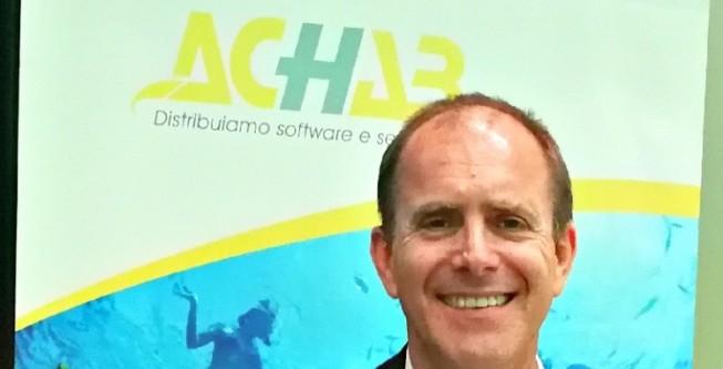 Achab festeggia 25 anni: un successo di persone, con il cliente al centro