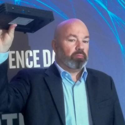 Intel presenta il PC del futuro