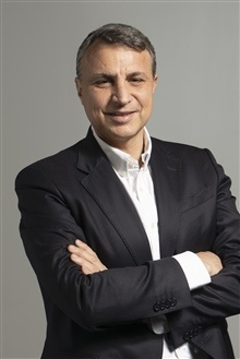epsonianluca de alberti, head of sales video projector di epson italia 300dpi 12cmx220x180