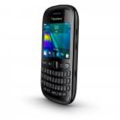 BlackBerry Curve 9220, lo smartphone diventa entry level