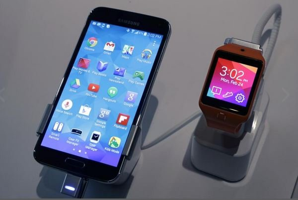 galaxy-s5-smartwatch.jpg