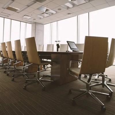 BlackBerry Passport, lo smartphone diventa quadrato