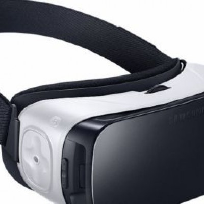 Samsung Gear VR, anche in Italia il visore per la realtà virtuale